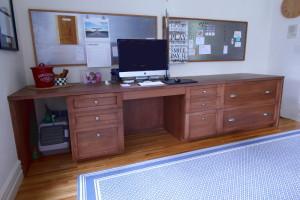 Desk1Rsz